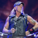 accept-bang-your-head-18-7-2015_0008