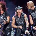 accept-bang-your-head-18-7-2015_0034