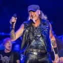 accept-bang-your-head-18-7-2015_0038