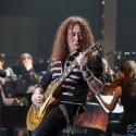 chris-thompson-rock-meets-classic-2013-nuernberg-09-03-2013-02