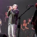 chris-thompson-rock-meets-classic-2013-nuernberg-09-03-2013-09