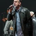 chris-thompson-rock-meets-classic-2013-nuernberg-09-03-2013-11