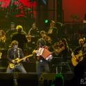 eric-bazilian-rock-meets-classic-2013-nuernberg-09-03-2013-01