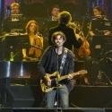 eric-bazilian-rock-meets-classic-2013-nuernberg-09-03-2013-24