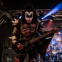kiss-forever-row-2020-6-3-2020_0003