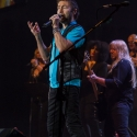 paul-rodgers-rock-meets-classic-2013-nuernberg-09-03-2013-12