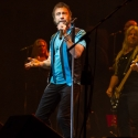 paul-rodgers-rock-meets-classic-2013-nuernberg-09-03-2013-23